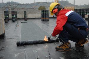 Fonti di innesco nei cantieri: posa di guaina bituminosa